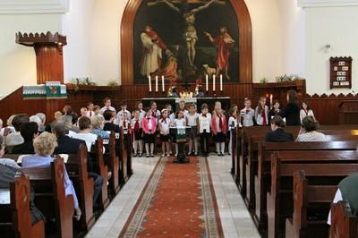 5. Vasárnapi istentisztelet Keresztúron 05.JPG - small