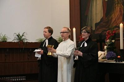 5. Vasárnapi istentisztelet Keresztúron 27.JPG - small