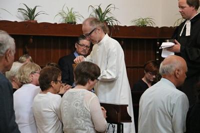 5. Vasárnapi istentisztelet Keresztúron 31.JPG - small