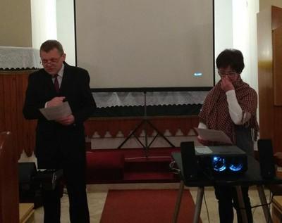 A Zászkaliczky házaspár játékos párbeszédet adott elő a reformáció ünnepére emlékezve - small
